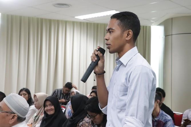 Sesi Diskusi (2)