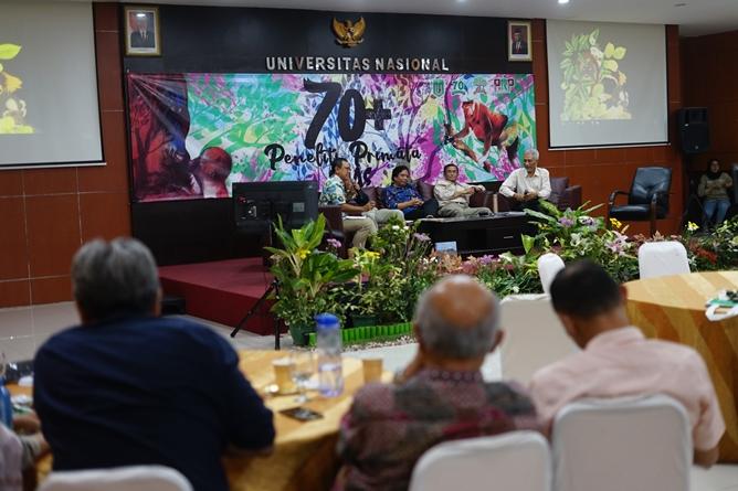 Suasana khidmat saat Seminar berlangsung