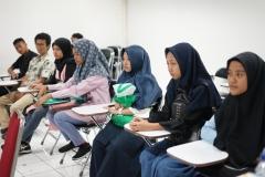 Para peserta yang mengikuti seleksi beasiswa bidikmisi
