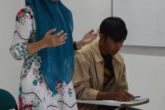situasi debat bahasa indonesia