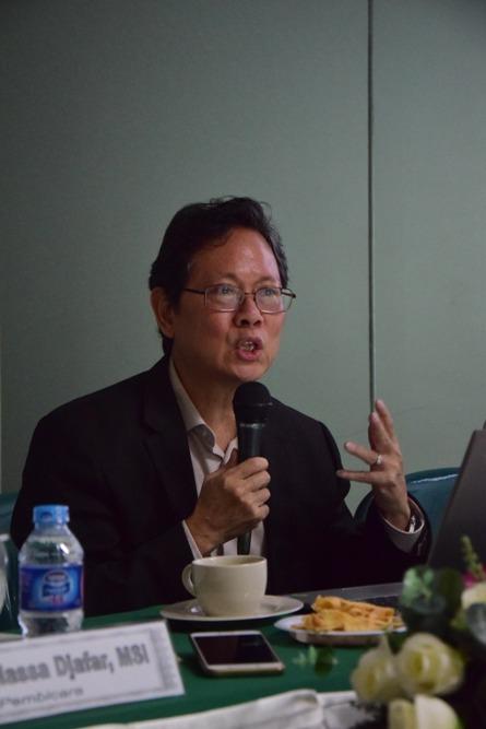 Pembicara (Prof. Dr. Anthony Budiawan) 3