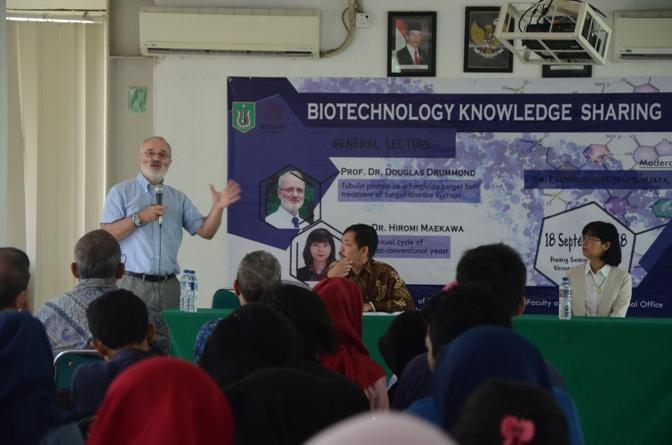Seminar Biotechnology Knowledge Sharing Di UNAS (10)
