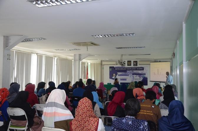 Seminar Biotechnology Knowledge Sharing Di UNAS (5)
