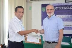 Seminar Biotechnology Knowledge Sharing Di UNAS (13)