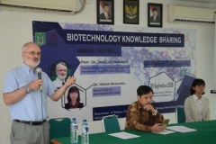 Seminar Biotechnology Knowledge Sharing Di UNAS (9)