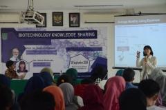 Seminar Biotechnology Knowledge Sharing Di UNAS (7)