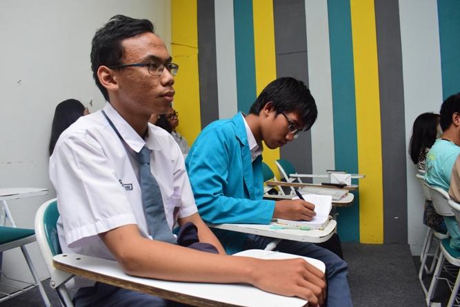 Para peserta seminar dari SMA disekitar Wilayah Unas