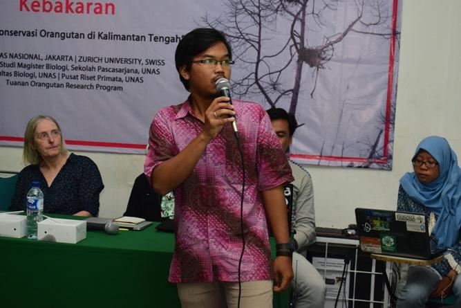 Salah satu pembicara seminar