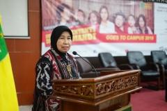 Wakil Rektor Bidang Penelitian dan Pengabdian pada Masyarakat Prof. Dr. Ernawati Sinaga, M.S., Apt.