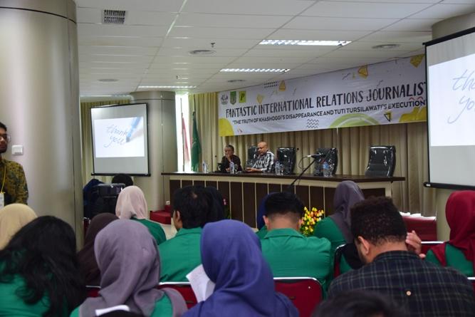 Seminar (Funtastic International Relations Journalistic) (10)