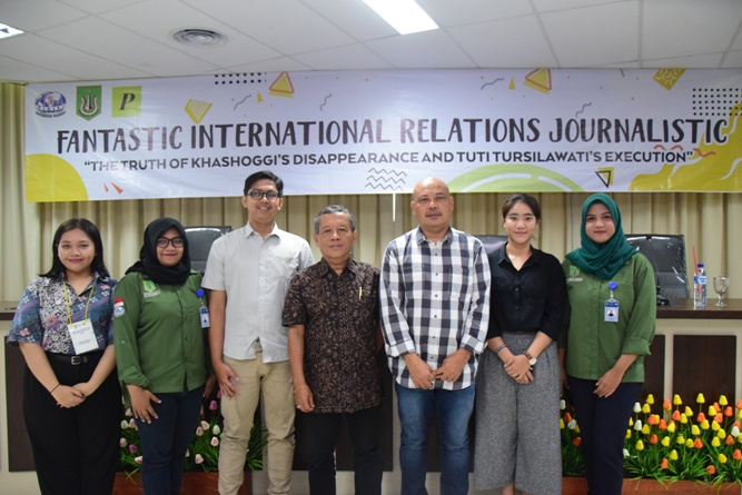 Seminar (Funtastic International Relations Journalistic) (11)