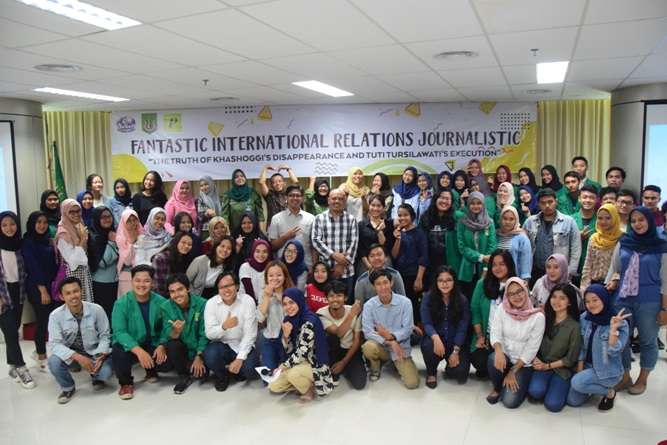 Seminar (Funtastic International Relations Journalistic) (12)