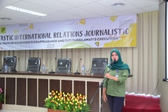 Seminar (Funtastic International Relations Journalistic) (7)