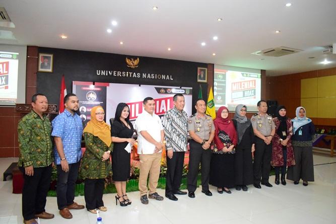 Foto Bersama Polri dan Civitas Akademika Universitas Nasional (1)