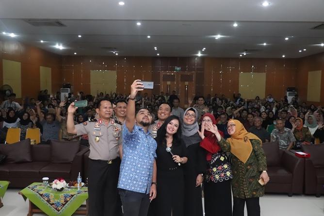 Foto selfie bersama