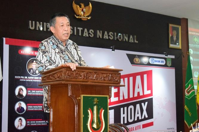 Wakil Rektor Bidang Kemahasiswaan Dr.Drs. Zainul Djumadin, M.Si