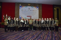 Foto bersama seluruh panitia seminar internasional FIKES UNAS 2019, di Jakarta, (14/3)