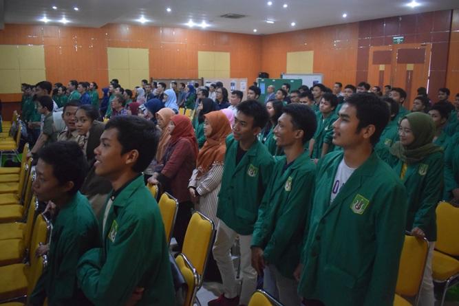Saat Seminar Internasional Berlangsung (5)