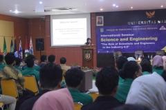 Wakil Rektor Bidang Penelitian dan Pengabdian pada Masyarakat (Prof. Dr. Ernawati Sinaga, M.S., Apt.) Saat Memberikan Materi Pembuka (2)
