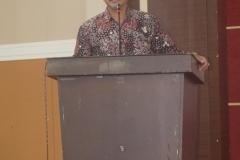 Bapak TB Massa saat sedang memberikan materinya dalam kegiatan seminar