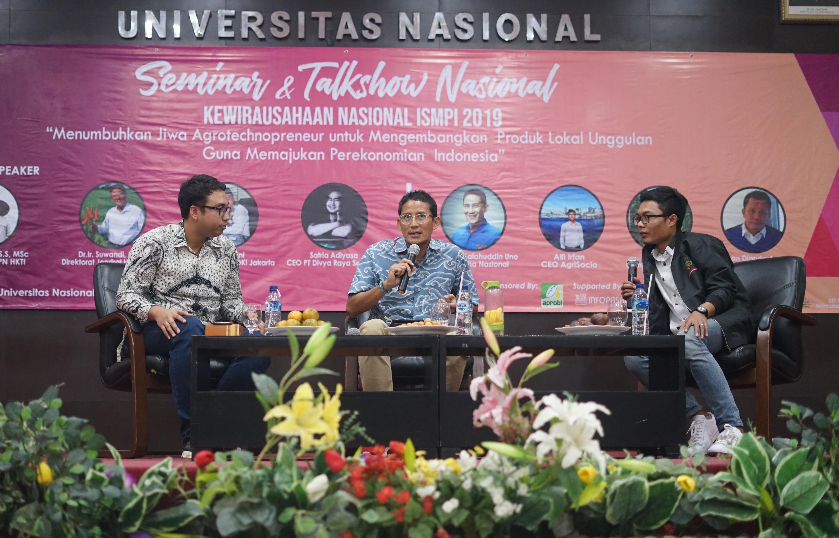 Menjadi inspirasi bagi para pengusaha muda Sandiaga Uno membagi pengalaman dan ilmu menjadi menjadi pengusaha pada acara Kewirausahaan Nasional ISMPI di Kampus UNAS Pasar Minggu Jakarta Selatan, (10/7).