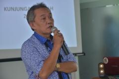Dekan Fabiona Drs. Imran Said Lumban Tobing, M.Si Saat Sambutan di Hadapan Mahasiswa Fabiona