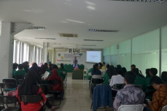 Dekan Fakultas Biologi Drs. Imran Said Lumban Tobing, M.Si Saat Sambutan di Hadapan Mahasiswa Fabiona