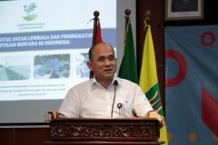 Kasubdit  Tata Kelola Logistik Bencana KEMENSOS RI  Muhammad Syafi'i Aks.Mp. saat memaparkan materi