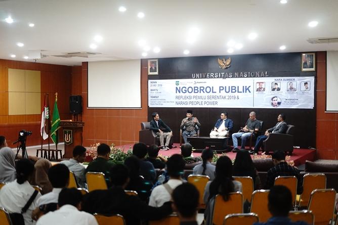 """Seminar Nasional Fakultas Hukum """"Ngobrol Publik """"Refleksi Pemilu Serentak 2019 & Narasi People Power"""" di Auditorium Blok 1 lantai 4 UNAS, Senin (21/5)"""