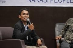 Direktur Eksekutif Gajah Mada Analitika Herman Digantara (Moderator)