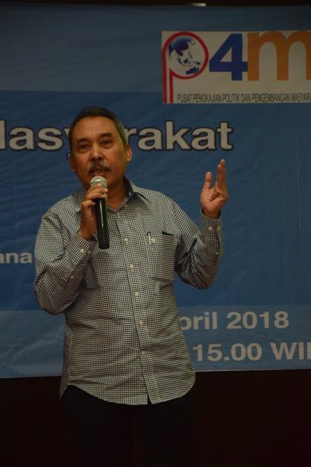 Pembicara Prof. (Ris) Dr. Syamsuddin Syam