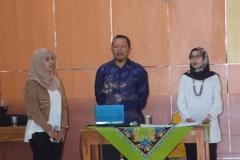 Saat menyanyikan lagu Indonesia Raya (5)