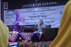 Seminar Nasional Internet of Things-Smarter Way To Live in Education (9)