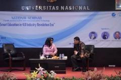 Para pembicara sedang berdiskusi dalam seminar nasional FTKI