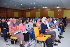 para peserta dalam seminar AN sedang mendengarkan materi