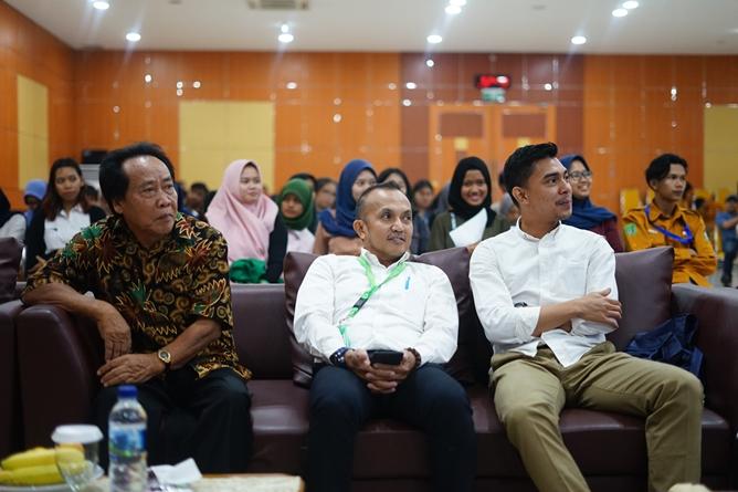 Para dosen dan Narasumber di acara Dialog Pariwisata di Aula blok 1 lantai 4 Universitas Nasional, Selasa (25/6)