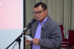 Dr. Firdaus Syam, M.A. (Wakil Direktur Sekolah Pasca Sarjana Unas) Sedang Memberikan Sambutan