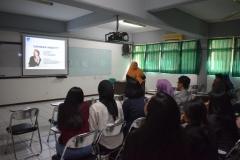 penyampaian materi public speaking