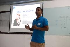 presentasi public speaking dari mahasiswa