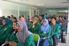 antusias mahasiswa dari himpunan program studi sosiologi dalam acara seminar sosiologi