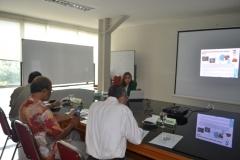 Presentasi oleh mahasiswa sidang tesis