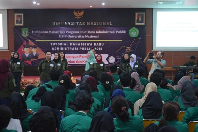 Seminar Tutorial Mahasiswa Baru Administrasi Publik 2018 (12)