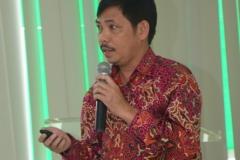 Dr. Fachruddin mangunjaya ketua Pusat Pengkajian Islam Unas