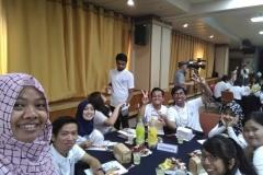Foto bersama sesi diskusi