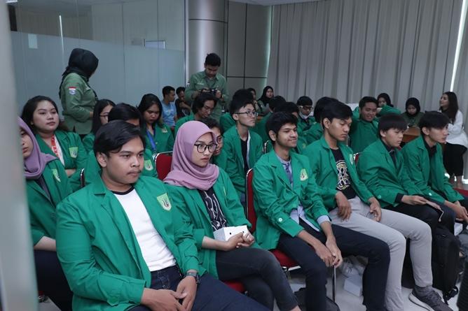 Para peserta Short Diplomatic Course