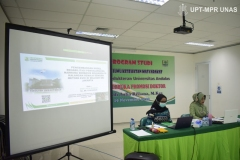 Proses sidang terbuka promosi doktol Dr. dr. Andi Julia Rifiana, M.Kes di Jakarta (19/11).