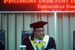 Promotor sidang (Prof. Dr. Drs. Eko Sugiyanto, M.Si)