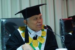 Prof Dr. Hanif Nurcholis.,M.Si (Penguji Sidang)