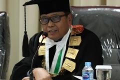 Wakil Rektor Bidang Administrasi Umum, Keuangan, dan SDM UNAS, Prof. Dr. Drs. Eko Sugiyanto, M.Si dalam sidang doktoral