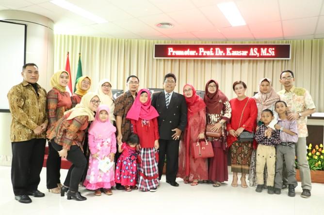 foto bersama Sdr Habib dengan keluarga besarnya
